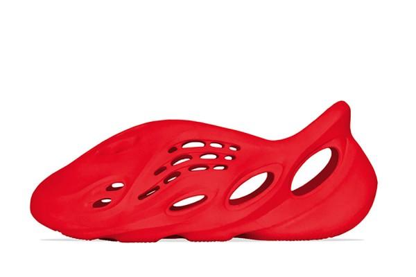 "Fake Yeezy Foam Runner ""Vermiliion"" All-red Beach Shoes"